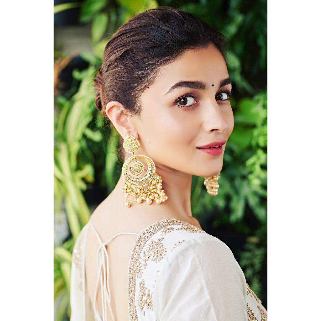 Alia Bhatt Net Worth 2020 | Charm Queen
